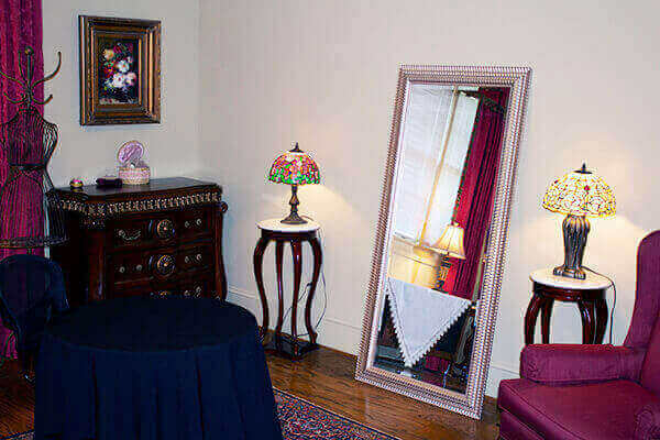 Hermitage Rippy Estate Bride's Room picture
